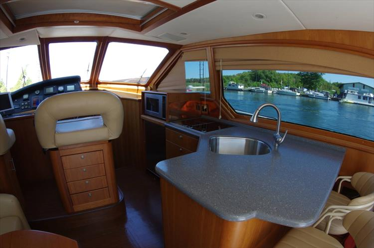 Photo 74 of 95 - 2003 Dover Craft 42 Pilot House for sale