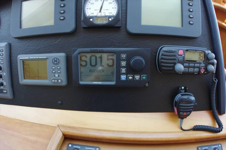 Photo 87 of 95 - 2003 Dover Craft 42 Pilot House for sale