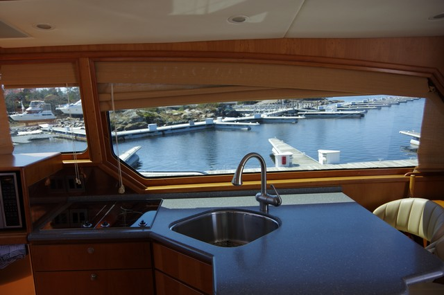 Photo 34 of 95 - 2003 Dover Craft 42 Pilot House for sale