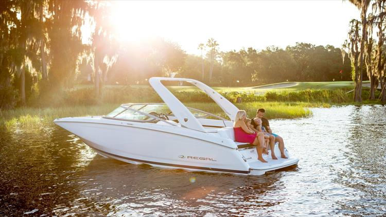 Photo 1 of 30 - 2018 Regal 22 Fasdeck for sale