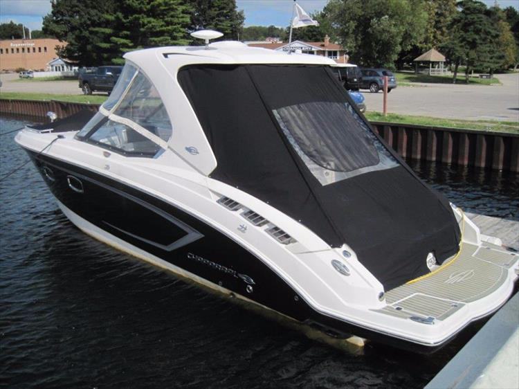 Photo 5 of 68 - 2012 Chaparral 327 SSX for sale