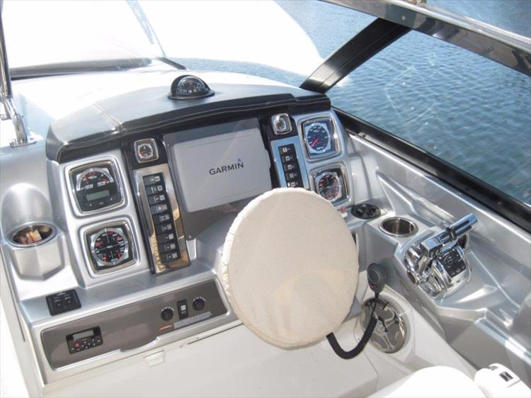 Photo 12 of 68 - 2012 Chaparral 327 SSX for sale