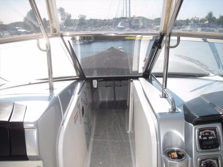 Photo 32 of 68 - 2012 Chaparral 327 SSX for sale