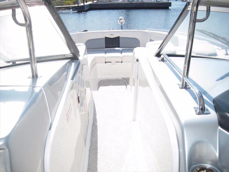 Photo 33 of 68 - 2012 Chaparral 327 SSX for sale