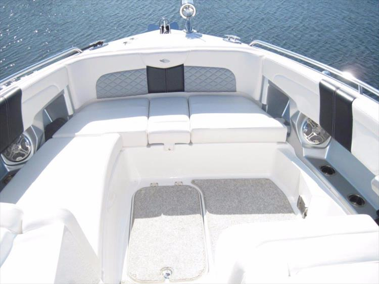 Photo 35 of 68 - 2012 Chaparral 327 SSX for sale