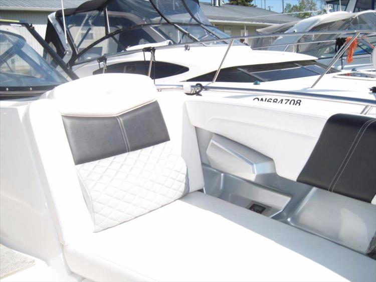 Photo 38 of 68 - 2012 Chaparral 327 SSX for sale