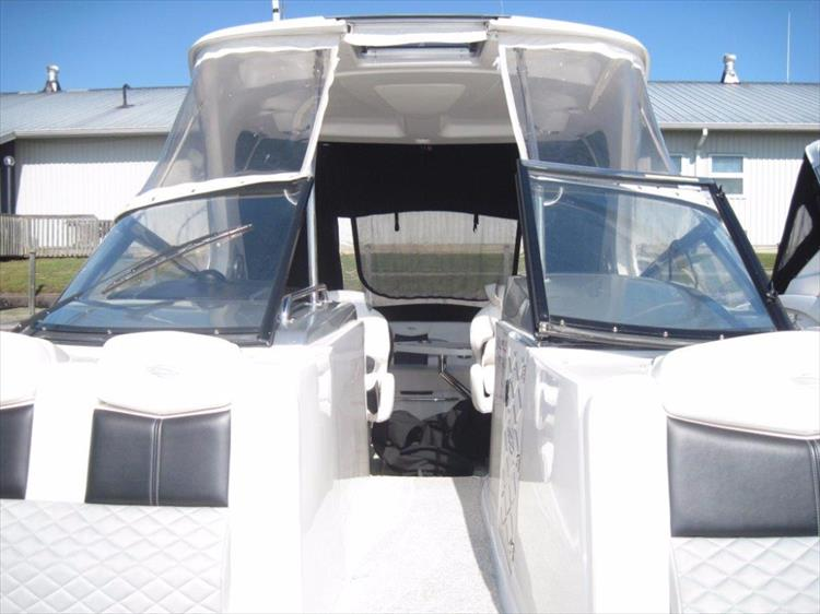 Photo 45 of 68 - 2012 Chaparral 327 SSX for sale