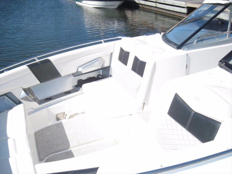 Photo 37 of 68 - 2012 Chaparral 327 SSX for sale