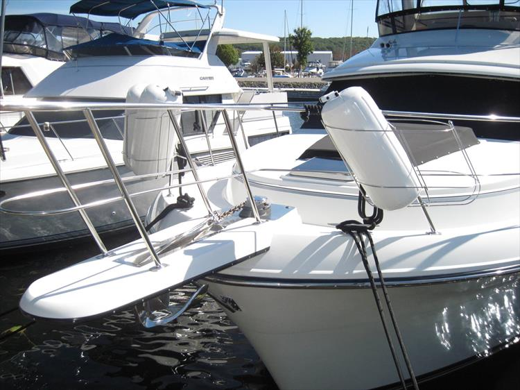 Photo 3 of 54 - 1988 Carver 4207 Aft Cabin Motor yacht for sale