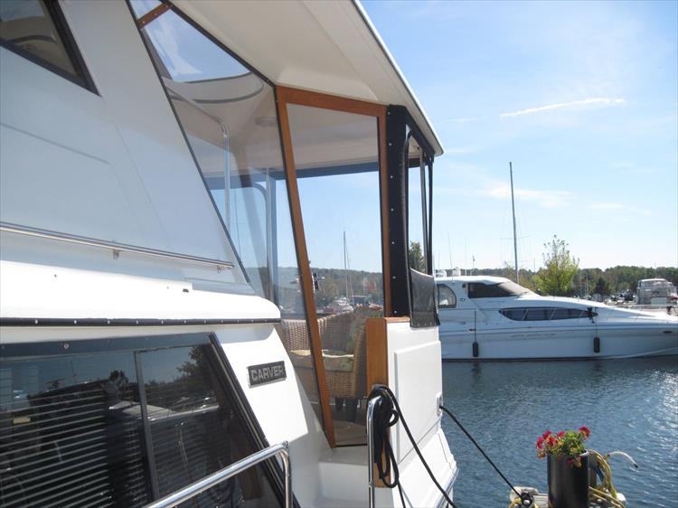 Photo 6 of 54 - 1988 Carver 4207 Aft Cabin Motor yacht for sale