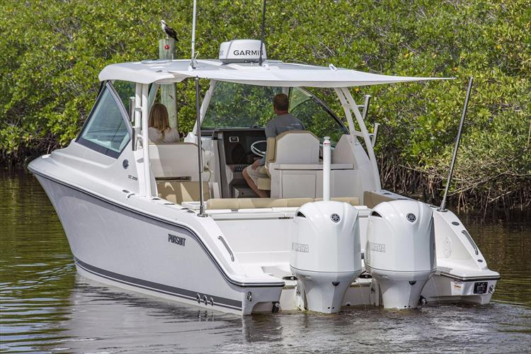Photo 26 of 34 - 2017 Pursuit DC295 Dual Console for sale
