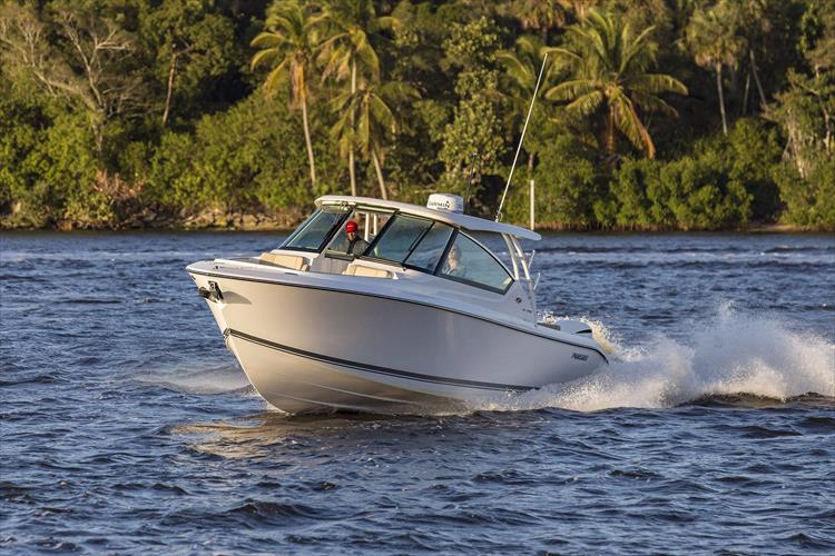 Photo 29 of 34 - 2017 Pursuit DC295 Dual Console for sale