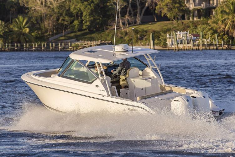 Photo 30 of 34 - 2017 Pursuit DC295 Dual Console for sale