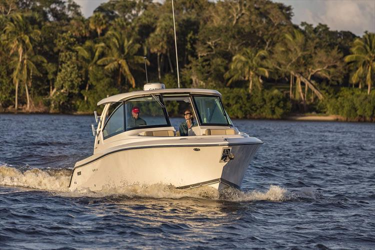 Photo 33 of 34 - 2017 Pursuit DC295 Dual Console for sale