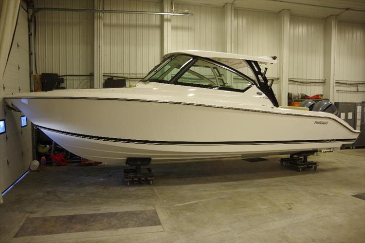 Photo 2 of 34 - 2017 Pursuit DC295 Dual Console for sale